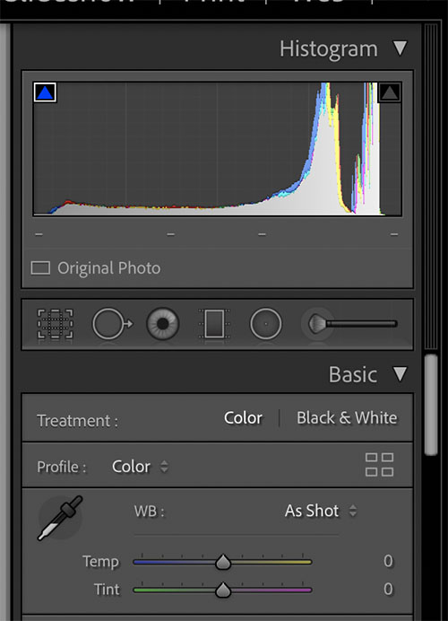 setting black and white point histogram